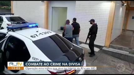 Duas pessoas são presas em operação contra o tráfico de drogas em Rio das Flores