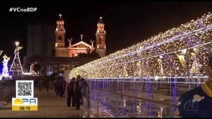 Túnel iluminado chama atenção na Praça Santuário