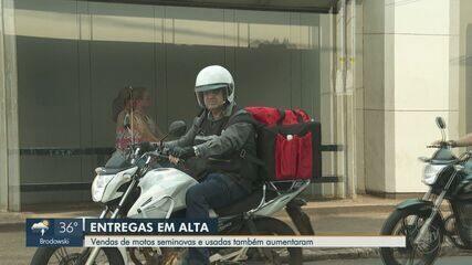 Números de entregadores aumentam durante a pandemia em Ribeirão Preto, SP