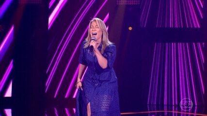 Fabiana Souto canta