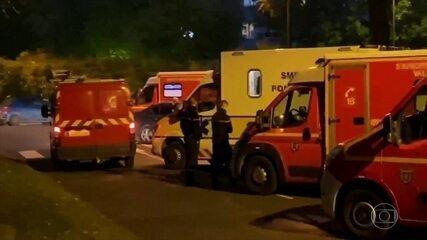 Professor é decapitado por homem armado com faca, nos arredores de Paris