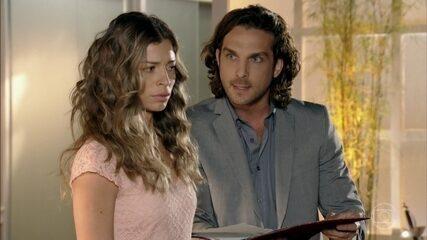 Alberto avisa que pedirá a guarda das crianças se Ester se separar