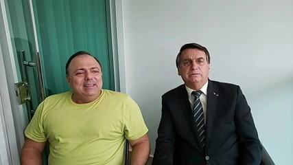 'É simples assim: um manda e outro obedece', diz Pazuello em encontro com Bolsonaro
