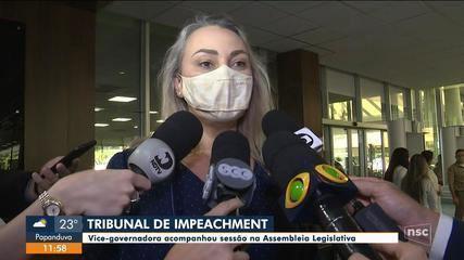 Vice-governadora acompanha sessão do Tribunal do Impeachment na Alesc