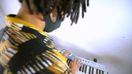 Em Movimento: Artistas capixabas produzem música do próprio celular
