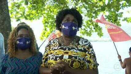 Benedita da Silva (PT) faz campanha na Lagoa Rodrigo de Freitas