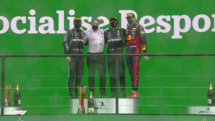 GP de Portugal: Hamilton, Bottas e Verstappen comemoram no pódio