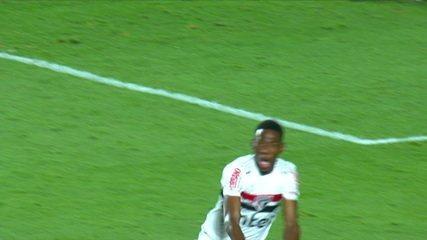 Os pênaltis de São Paulo 2 (10) x (9) 2 Fortaleza pelas oitavas de final da Copa do Brasil
