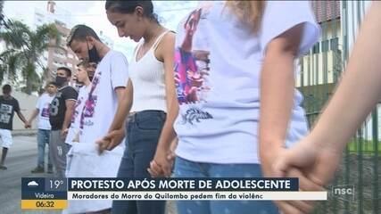 Protesto pede justiça por morte de adolescente em Florianópolis