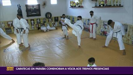 Caratecas paraibanos comemoram retorno dos treinos presenciais