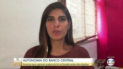 Líder diz que governo tem maioria para aprovar autonomia do BC no Senado