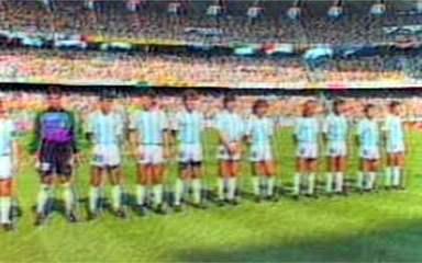 Em 1990, Brasil é eliminado da Copa do Mundo de Futebol pela Argentina