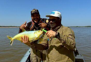 Pescaria em busca de apapás com o cantor sertanejo Zé Ricardo