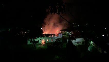 Incêndio atinge casarão histórico da Fazenda da Grama, em Rio Claro