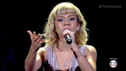 Paloma Maria canta 'Romaria' na Rodada de Fogo
