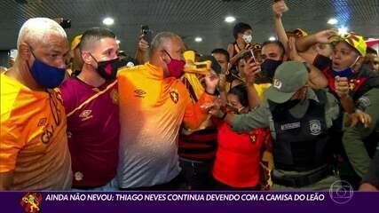 Thiago Neves ainda não empolgou com a camisa do Sport