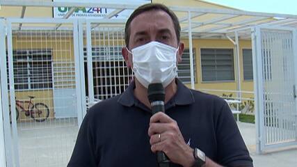 Candidato à reeleição, prefeito Marcus Melo faz campanha em Jundiapeba