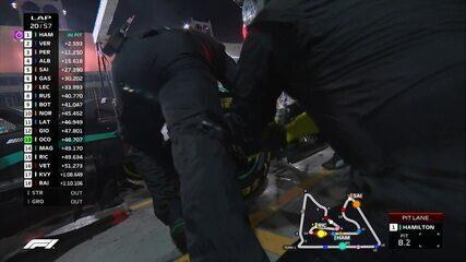 Hamilton também faz o pit stop no GP do Barein