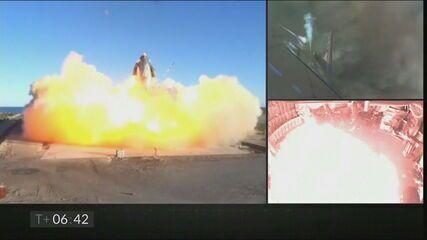 Foguete da SpaceX explode durante teste nos EUA