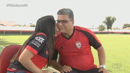 Marcelo Cabo recebe visita da filha, que venceu um câncer