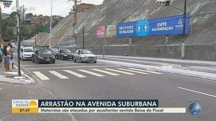 'Arrastão' provoca pânico na Aveninda Suburbana, em Salvador