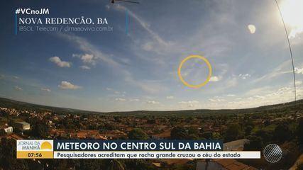 Pesquisadores investigam queda de meteoro no centro sul da Bahia
