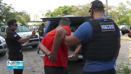 Dois irmãos são presos por suspeita do assassinato de um policial rodoviário federal