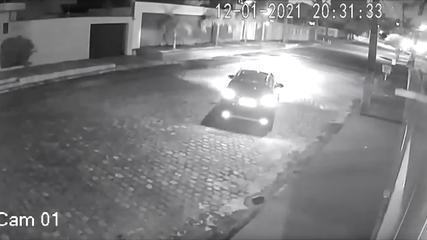 Vídeo mostra tentativa de assalto a ex-prefeita de Natal