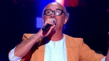 Geraldo Maia canta 'Estrada de Canindé'