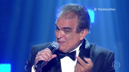 Dudu França canta 'Fly Me To The Moon'