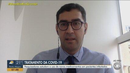 Pesquisadores estudam o uso de novos medicamentos em pacientes infectados com Covid-19