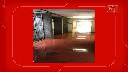 Candidatos enfrentam chuva para chegar aos locais de prova em Florianópolis