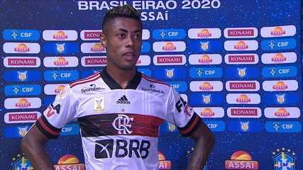 """Bruno Henrique reclama de critério da arbitragem em mão """"sem querer"""" na área: """"Não dá para entender"""""""