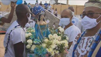 Festejos para Iemanjá em Salvador são adaptados para evitar aglomerações
