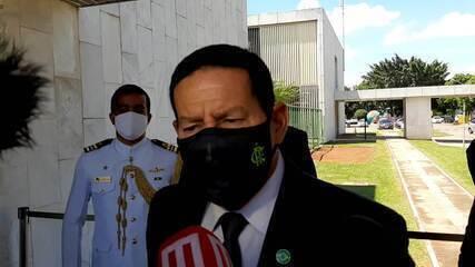 Mourão disse não ter ficado incomodado por não ter sido chamado para reunião ministerial