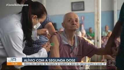 Anápolis começa a aplicar segunda dose da vacina contra Covid em moradores de abrigos