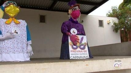 Tradicionais bonecões de Salto se apresentam de forma diferente neste carnaval