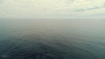 Embarque para o mar aberto com o 'Plug' (bloco 1)