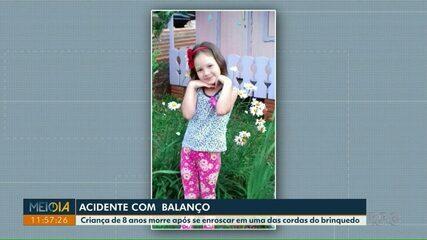 Criança de 8 anos morre após se enroscar em corda de balanço