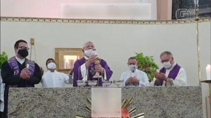 Diocese de Jundiaí abre investigação após pastor evangélico celebrar missa de Cinzas