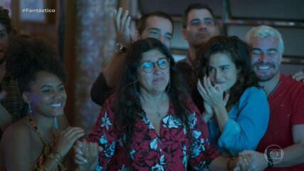 'Jornalismo entrou na ficção', diz Regina Casé sobre volta de 'Amor de Mãe' às telas