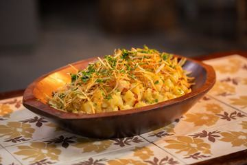 Salada de batata com camarão