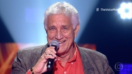 Daniel Gomes se apresenta no palco do 'The Voice +'