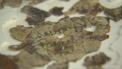 Arqueólogos de Israel encontram fragmentos de textos manuscritos da bíblia