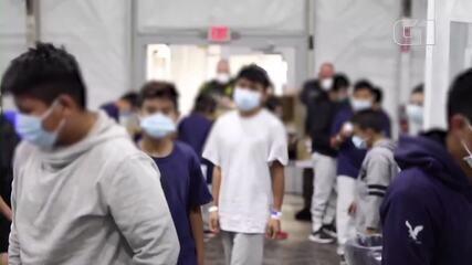 Imagens registram centenas de crianças desacompanhadas em centro para imigrantes nos EUA