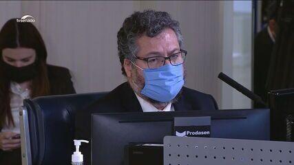 Ernesto Araújo é cobrado por desempenho do Ministério das Relações Exteriores