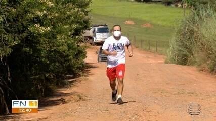 Wellington Roberto Hogera foi um dos primeiros a realizar corrida de 10km; veja a reportagem