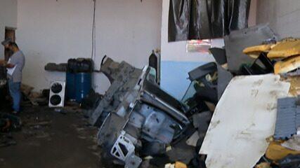 Oito pessoas são detidas em desmanche de veículos roubados em Itaquaquecetuba nesta quinta