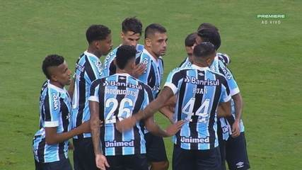 Gol do Grêmio! Jean Pyerre acha Diego Souza, que dribla o goleiro e amplia, aos 32 do 1T