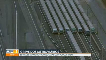 Metroviários entram em greve por tempo indeterminado